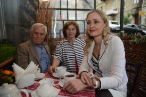 Эдуард Плинер с супругой и Макой Гиоргобиани (президент Федерации фигурного катания Грузии)