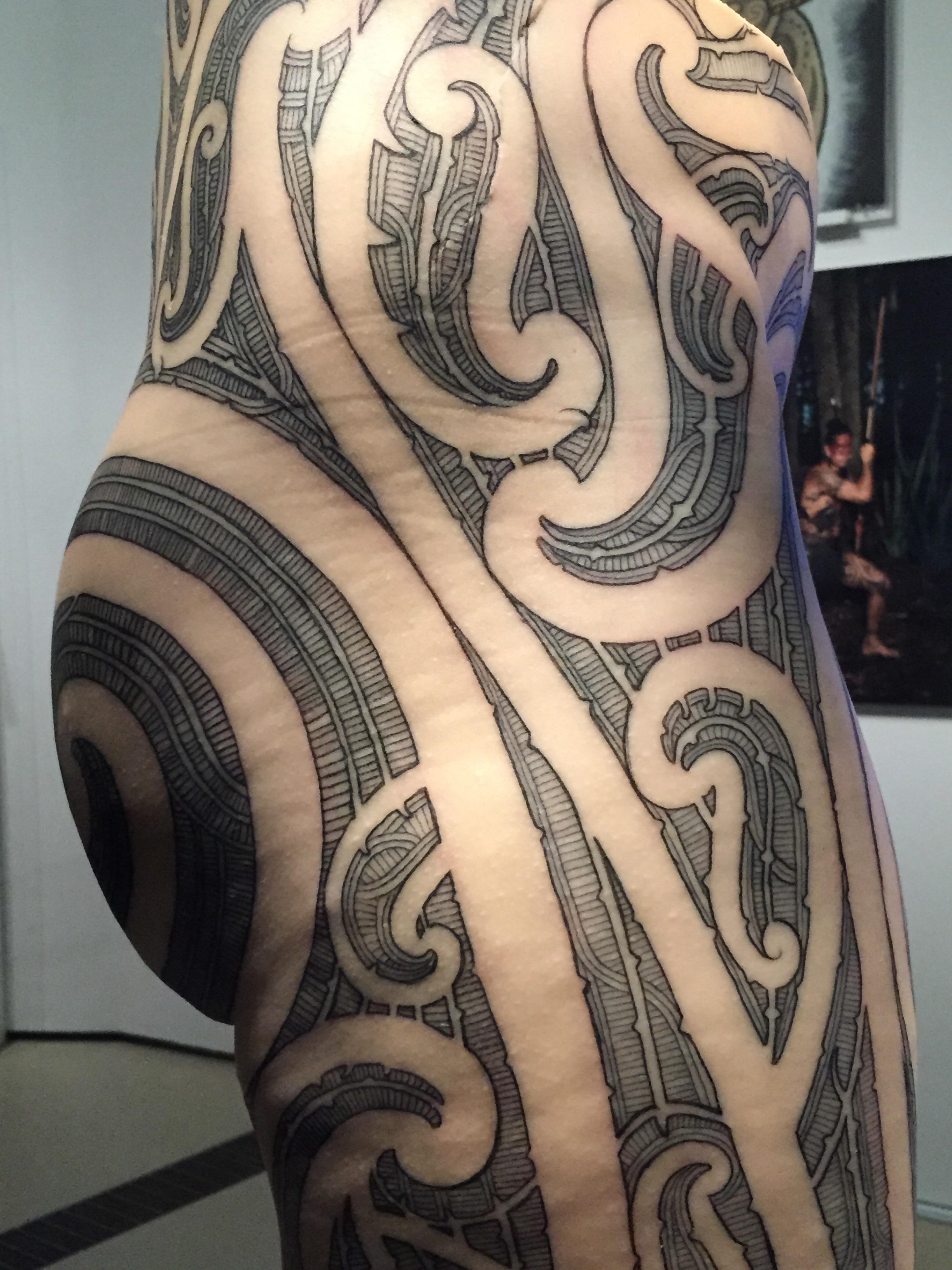 image 23 Другая SOVA ROM, tatoo, выставка, идентификация, искусство, Марк Джейкобс, одержимость, ритуал, тату, татуировк, Тин-Тин