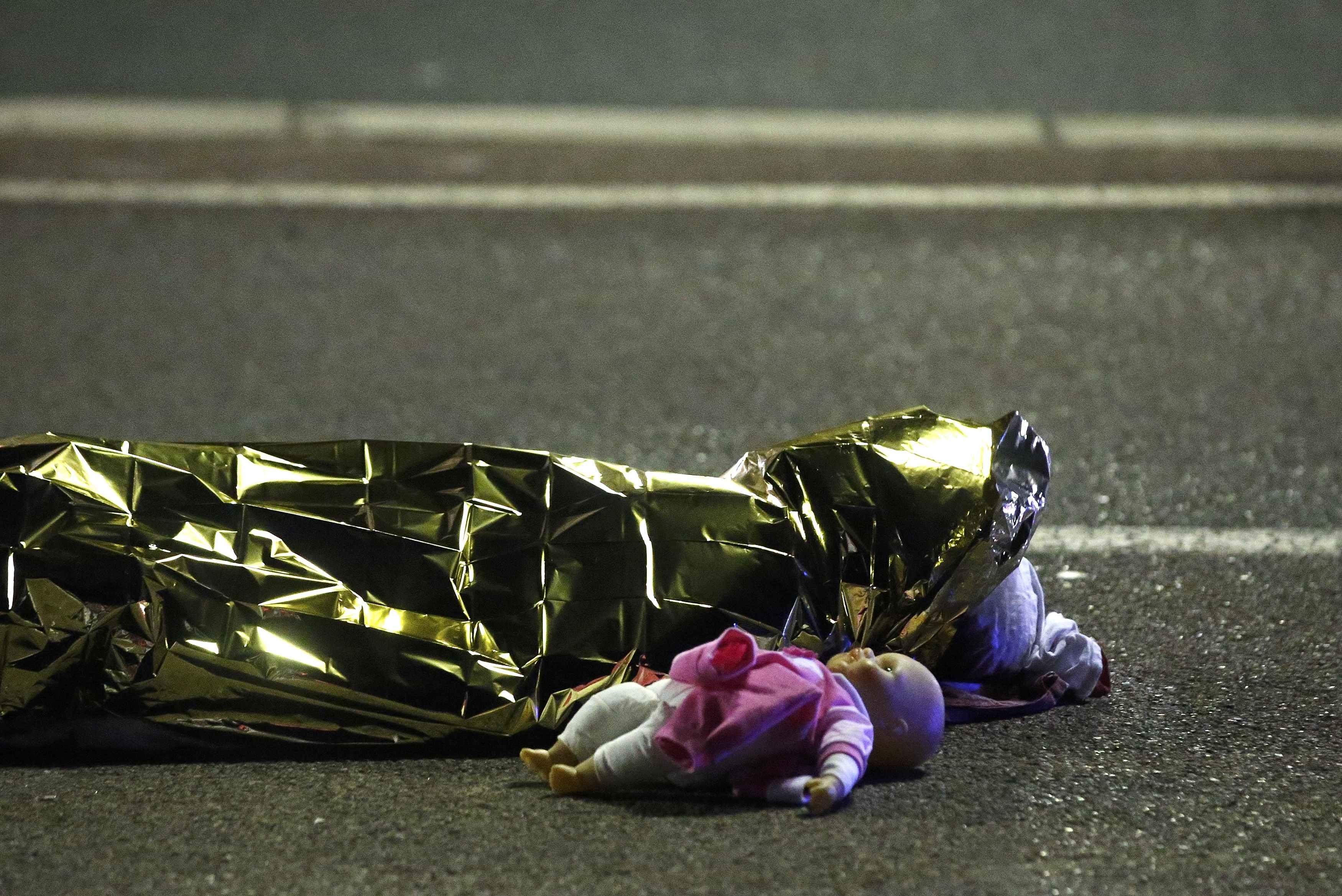 «Исламское государство» взяло ответственность за теракт в Ницце