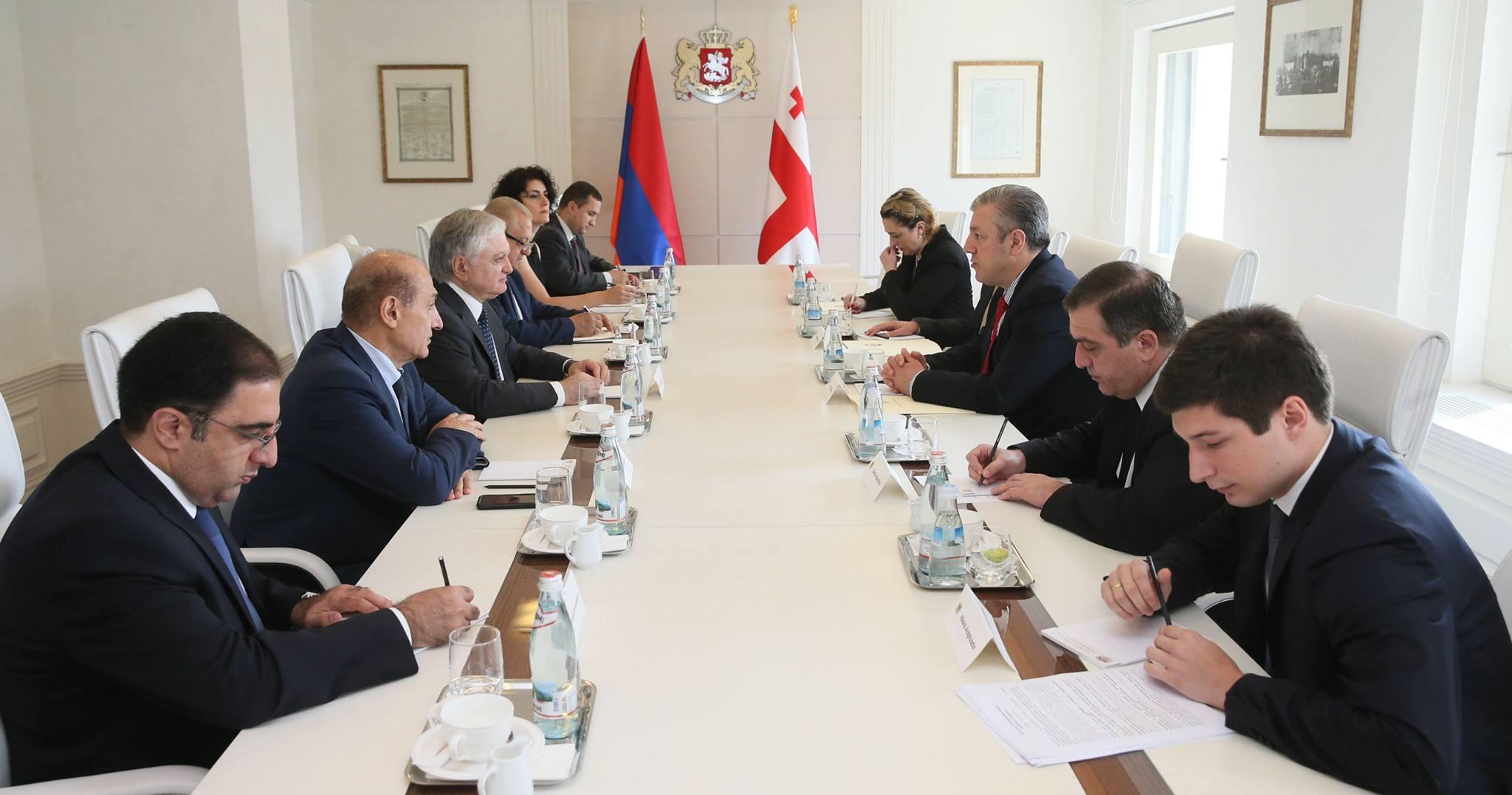 Глава МИД Армении Эдвард Налбандян находится с визитом в Тбилиси