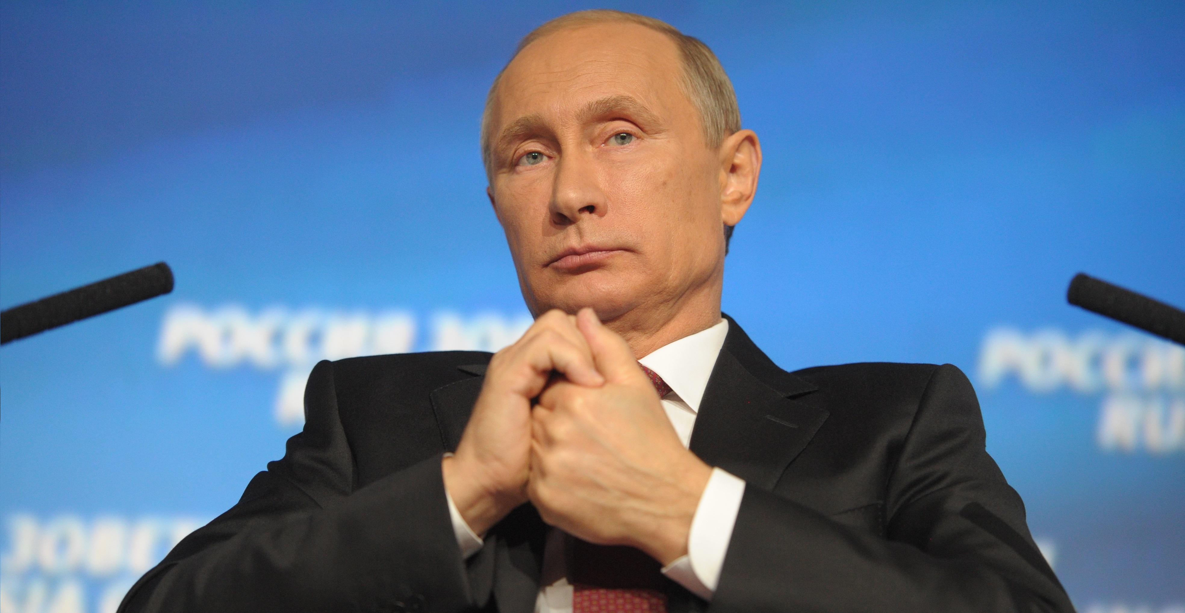 Владимир Путин: Армения и Азербайджан должны договориться сами