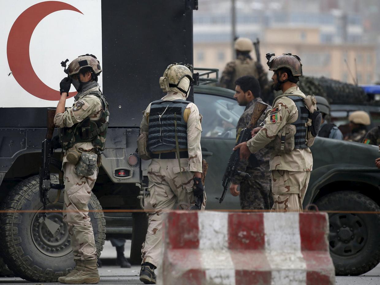 Талибы взорвали бомбу недалеко от авиабазы Баграм