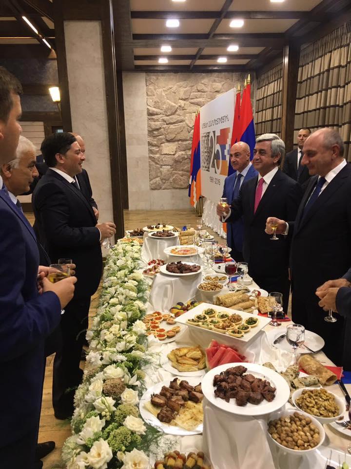МИД Армении опровергает информацию о встрече Сержа Саргсяна с представителями непризнанных республик