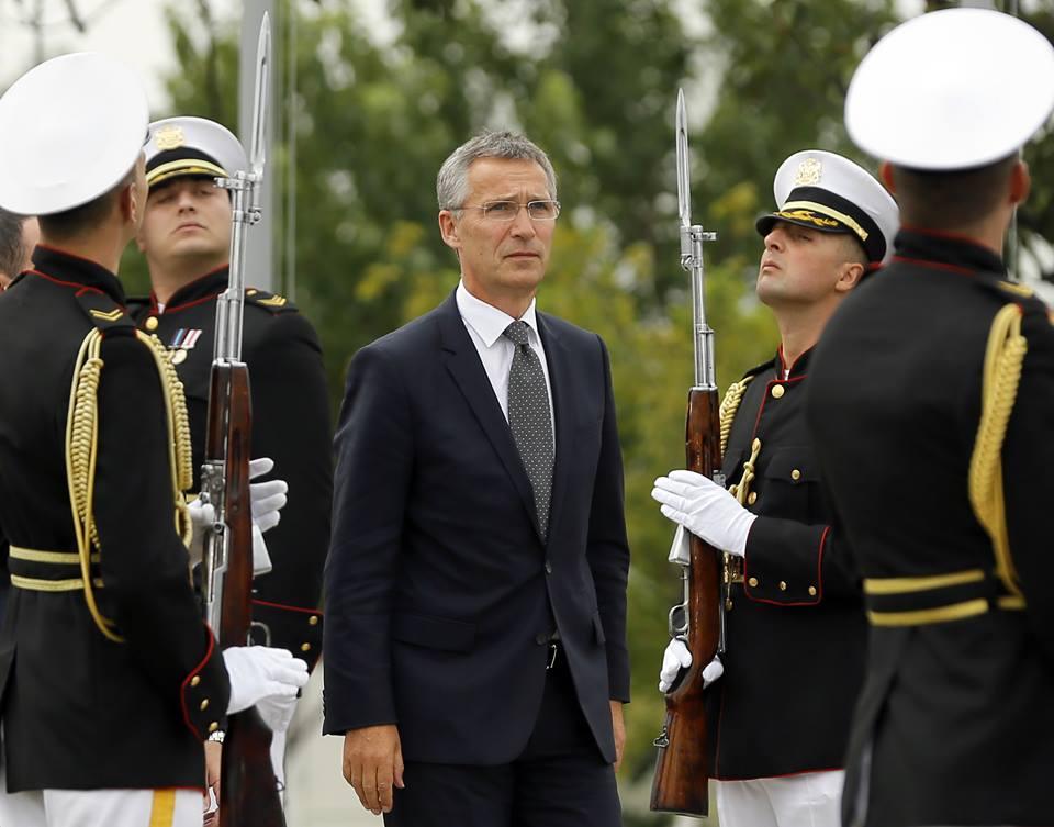 В Грузию прибывает генсек НАТО