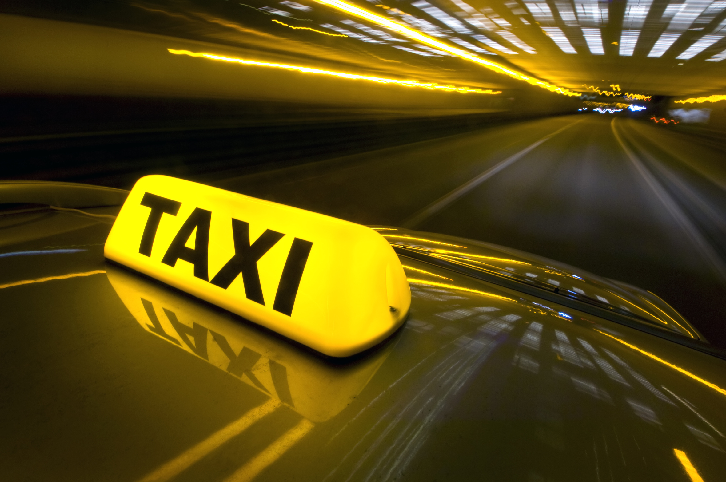 В противовес «Яндекс.Такси», компания «Taxify» проведет акцию помощи семьям погибших военнослужащих