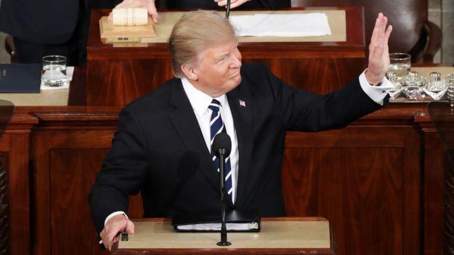 Трамп объявил о«решительной поддержке» НАТО
