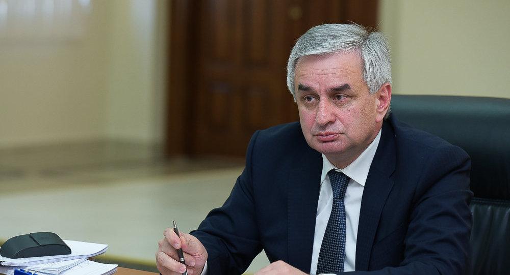 Рауль Хаджимба призвал русские общины к объединению