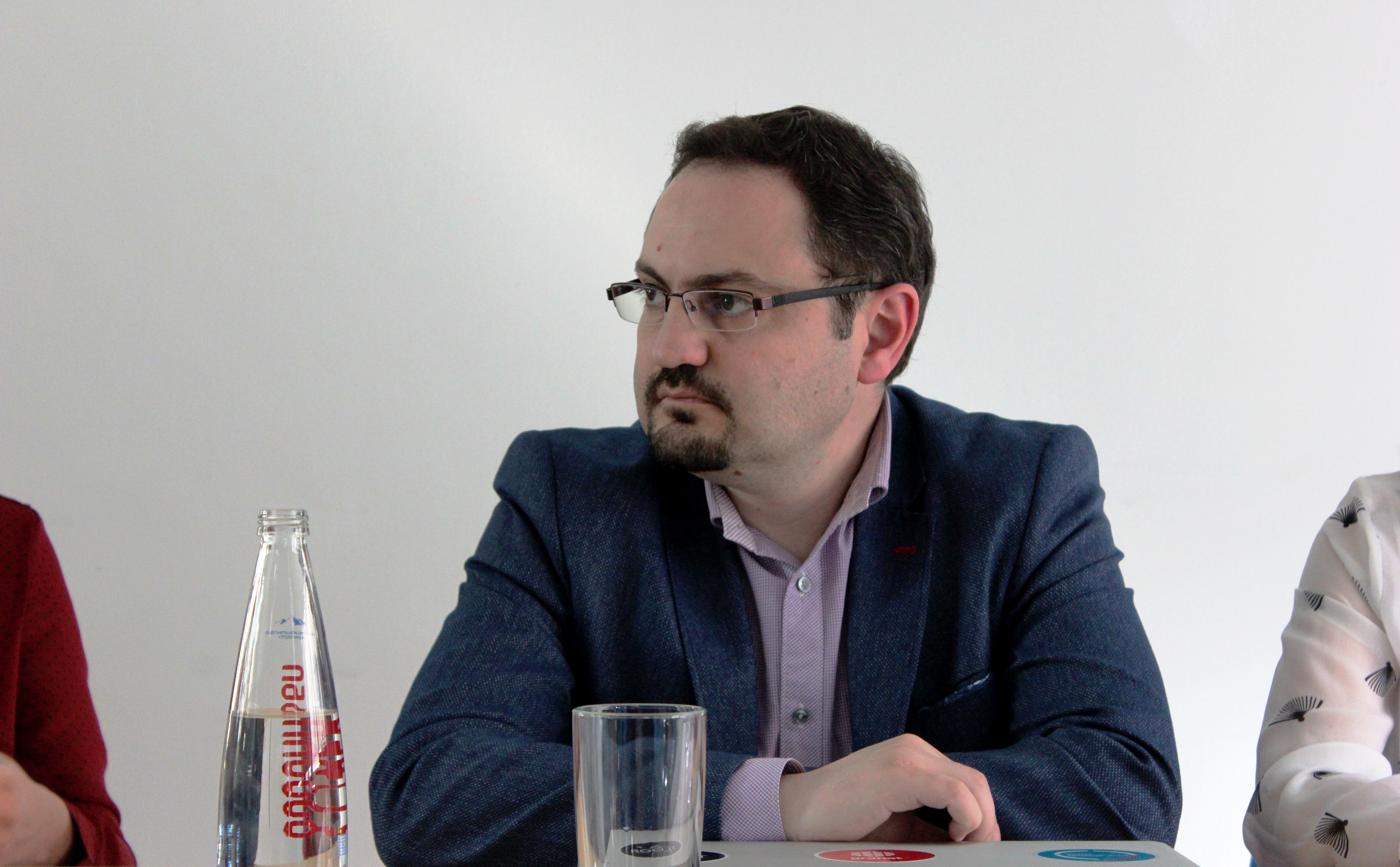 Сурен Дегерян