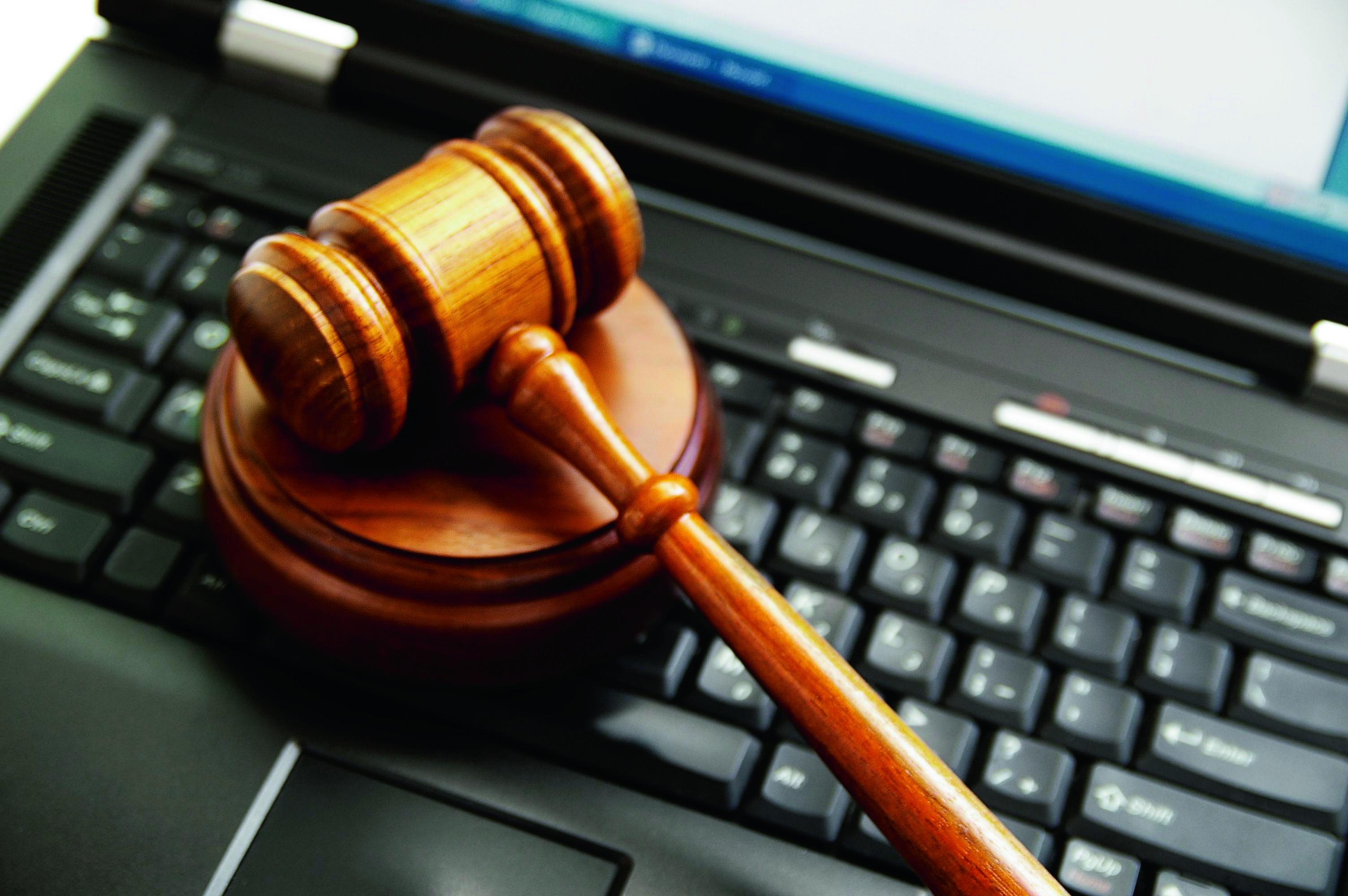 Суд в Азербайджане принял решение заблокировать сайт Радио Азадлыг