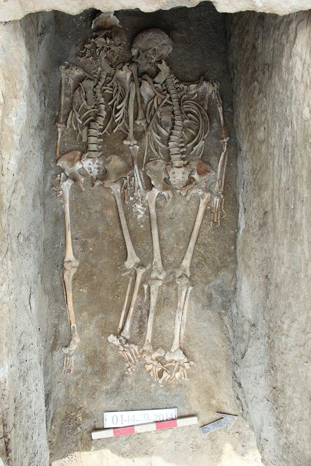 georgian romeo and juliet 1 #новости Кети Дигмелашвили, могила, Мцхета, парное захоронение, раскопки, ЮНЕСКО