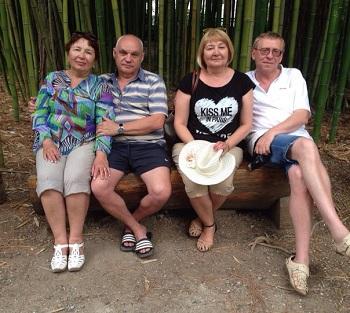 Семья туристов из России. Фото: А.Кривенюк