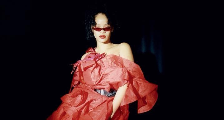 Плохая девочка Рианна позирует в очках от George Keburia