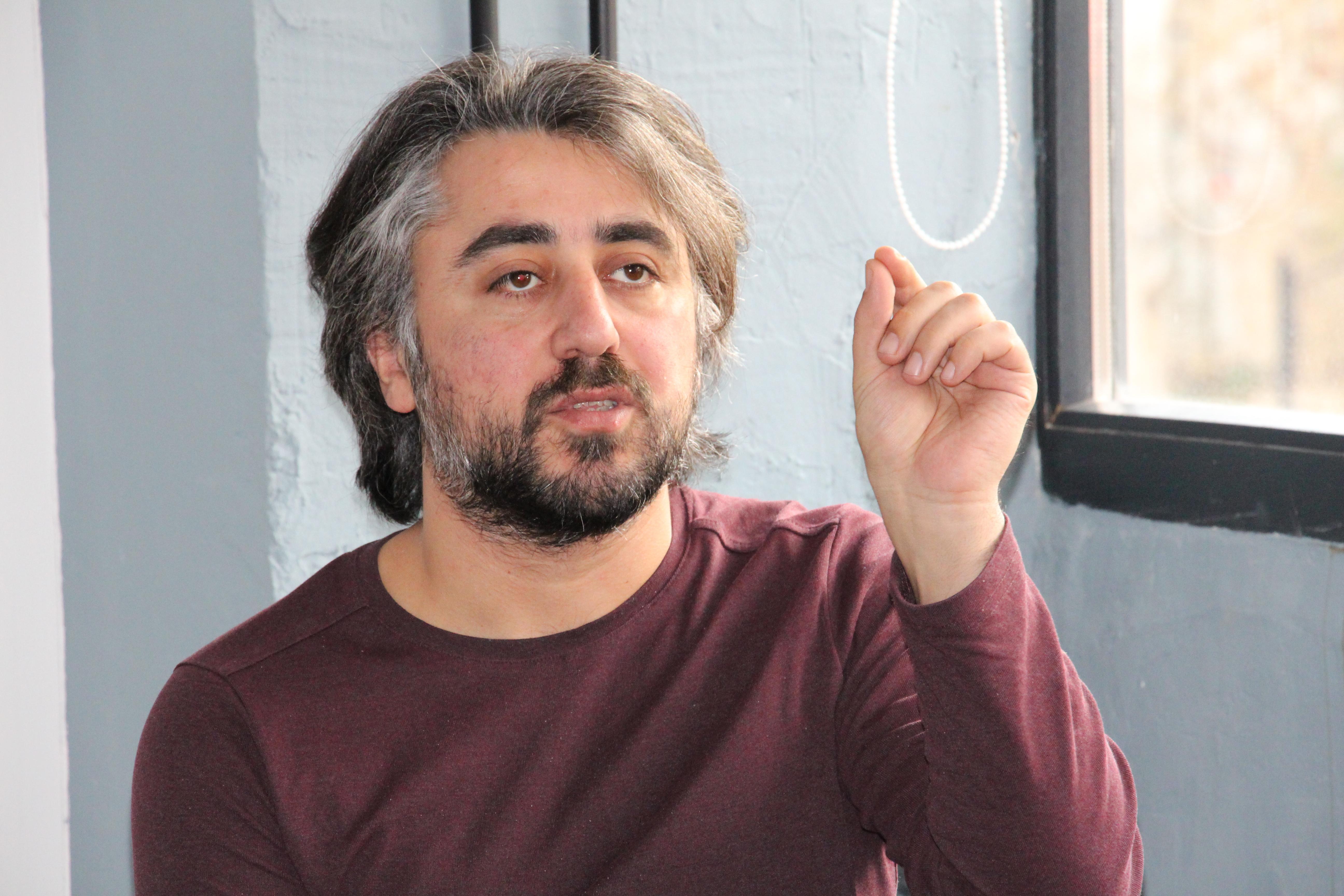 Юрий Манвелян, журналист.