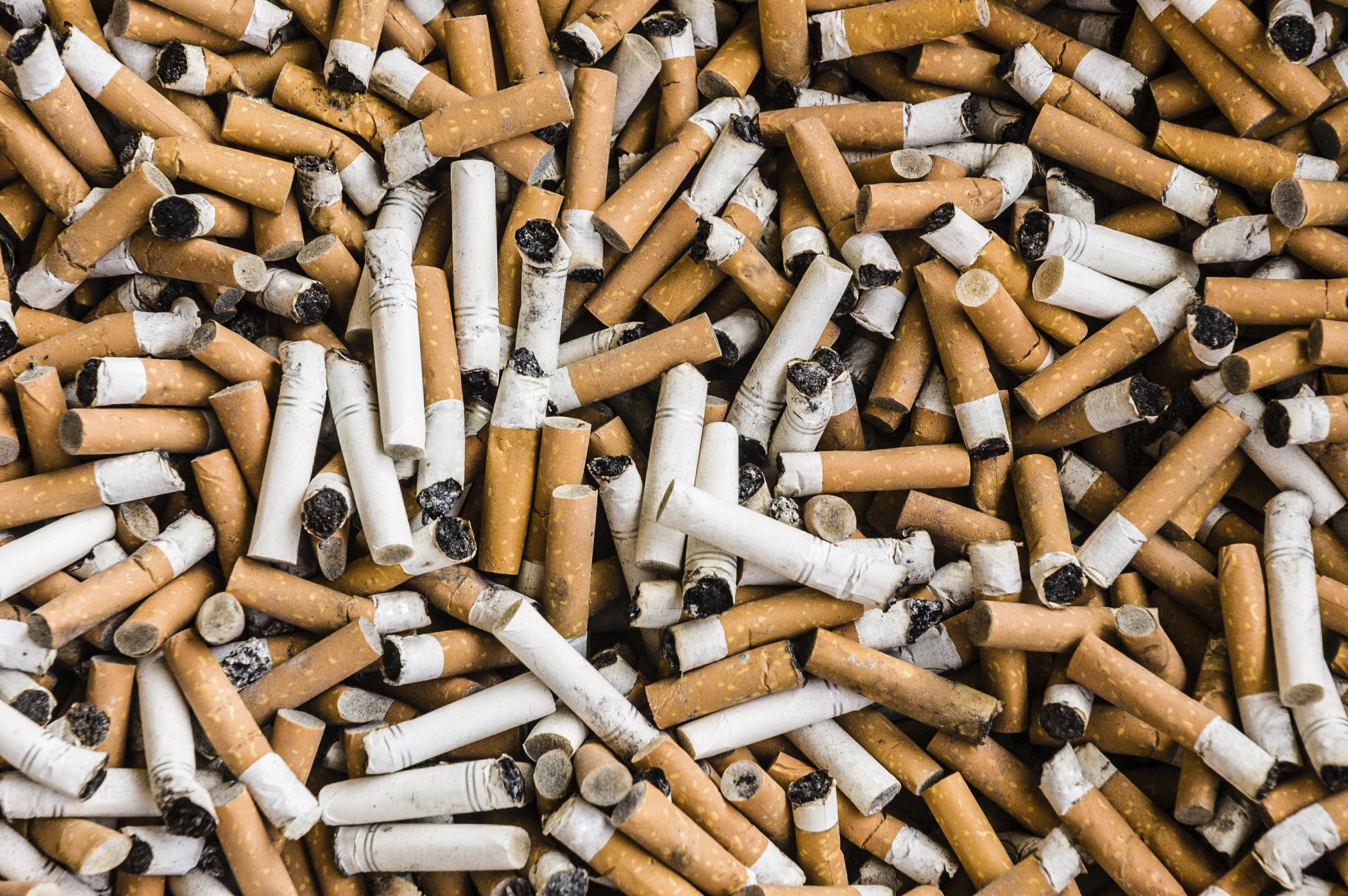 inquinamento mozziconi sigarette come combattere problema video курение курение