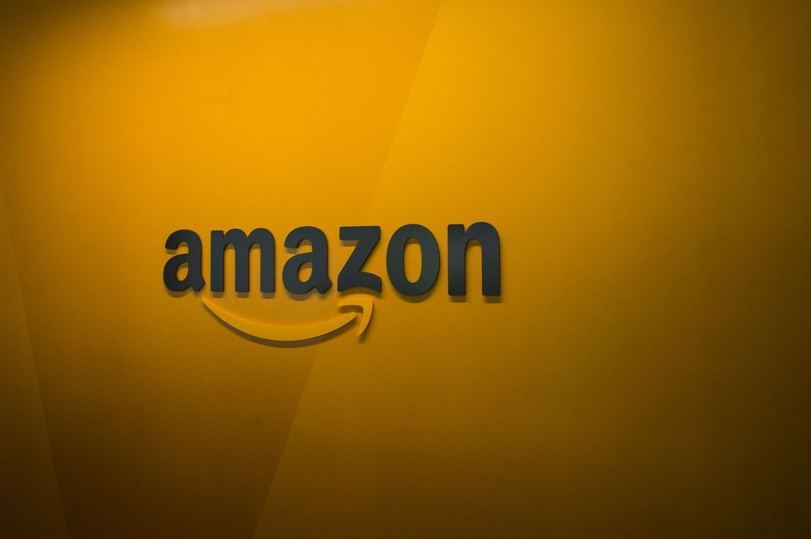 Amazon Amazon.com Amazon.com
