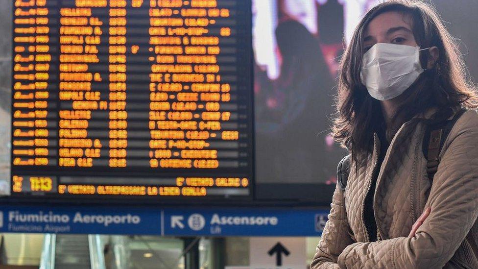 111207273 italy woman 1 Новости BBC дайджест, коронавирус