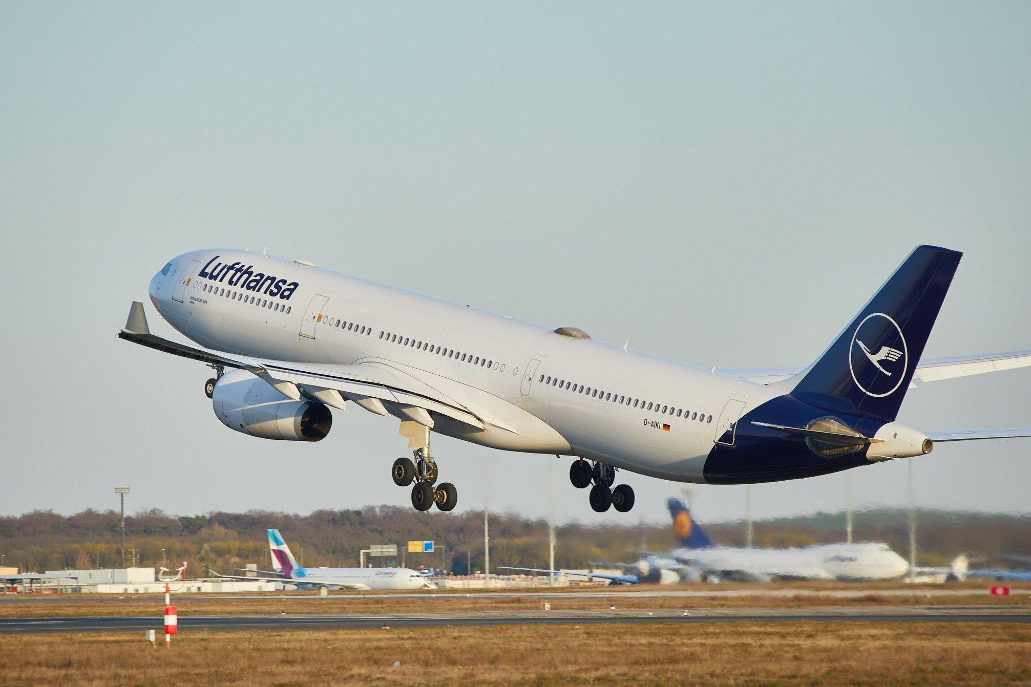 Lufthansa авиарейсы авиарейсы