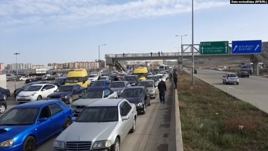 Rustavi road trafficjam #новости акция протеста, митинг, пробка, рост цен на бензин, Рустави