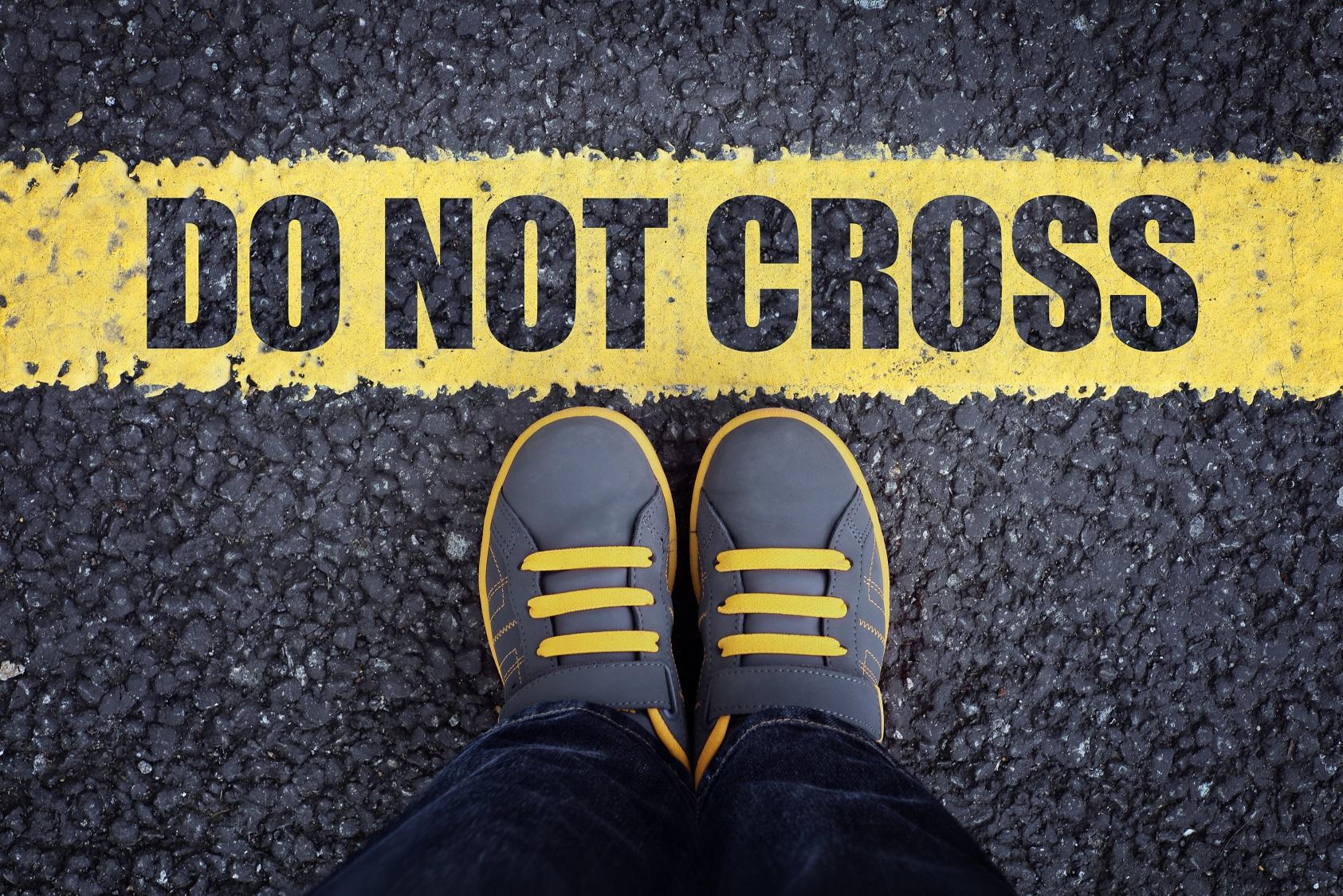 do not cross PV76M8V #общество Covid-19, featured, вид на жительство, Грузия-Россия, коронавирус, коронавирус в Грузии, Лаша Бекишвили