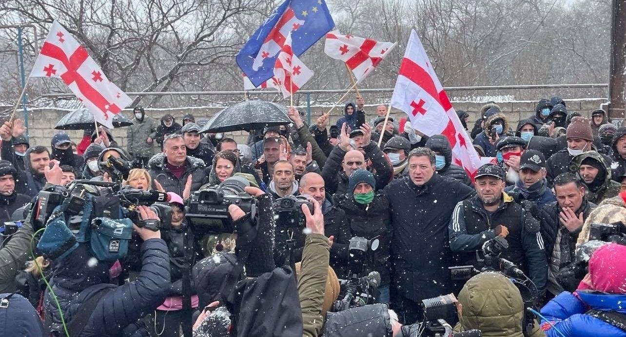 opposition protest melia e1614174013170 #новости арест Ники Мелия, Грузинская мечта, Единое Национальное Движение, кризис Мечты, Ника Мелия, оппозиция