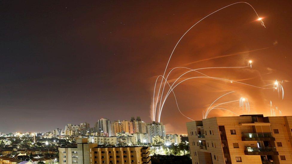 118462252 israel missiles reu Новости BBC Израиль, конфликт, Палестина