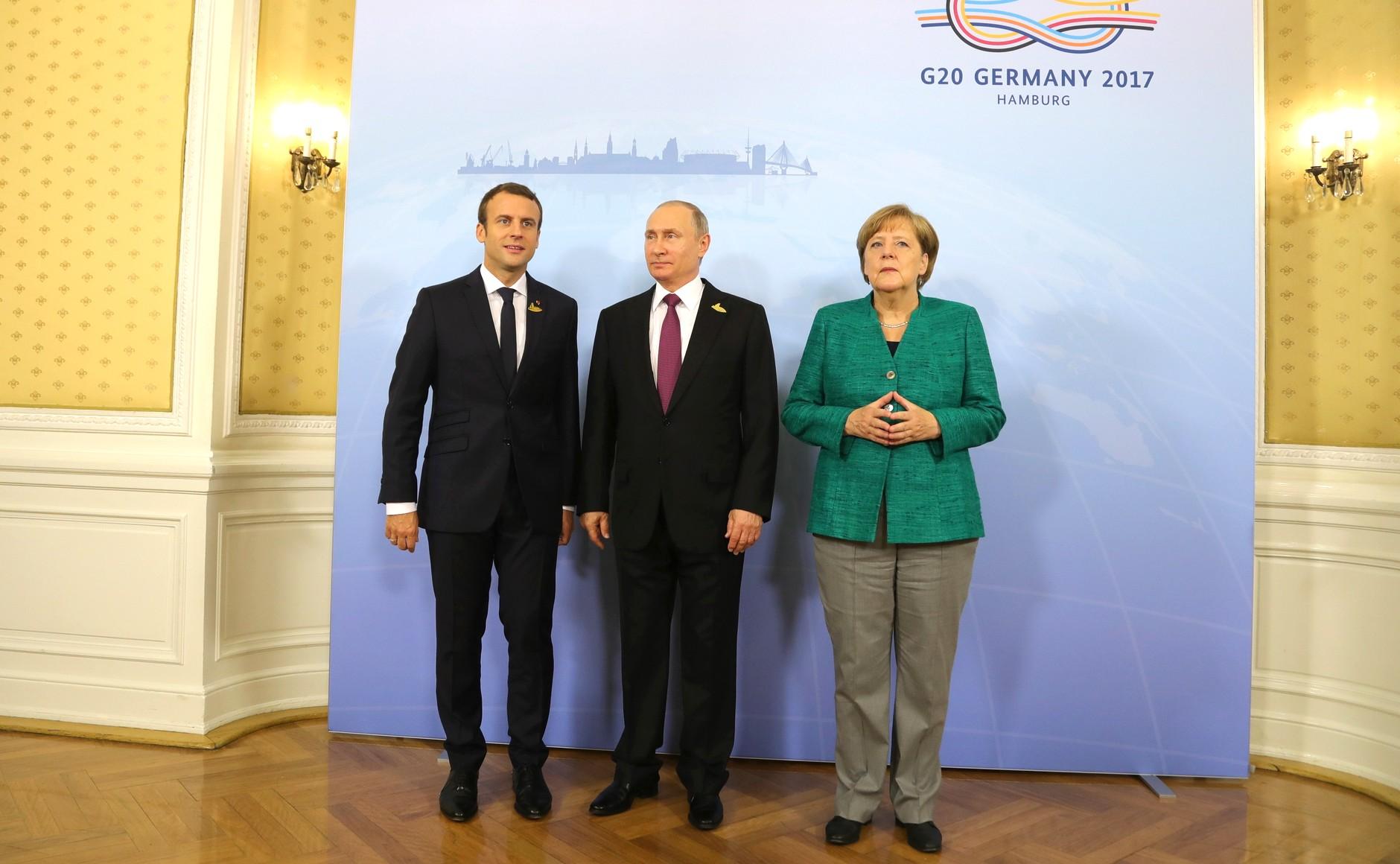 Macron Putin Merkel Эмманюэль Макрон Эмманюэль Макрон