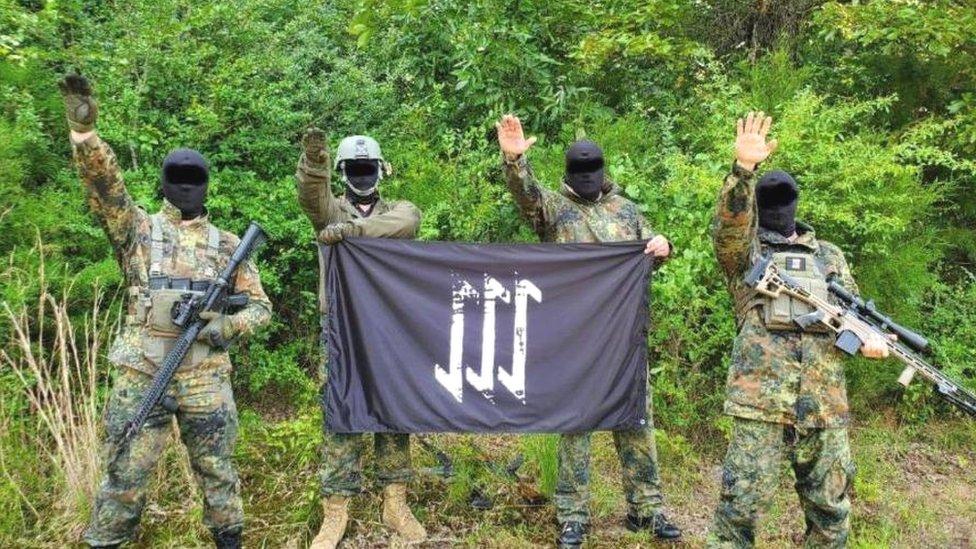 110633311 ebbv неонацисты неонацисты