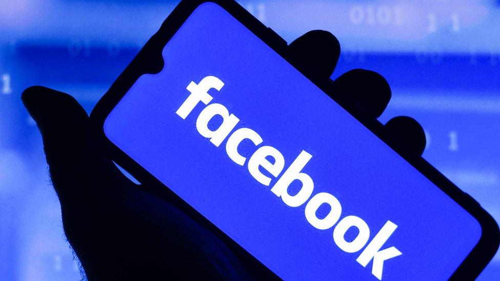 119893782 gettyimages 1234553018 facebook facebook