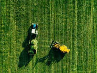 aerial view of harvest field with tractor moving h qlvk68s 768x512 1 Грузия-Германия Грузия-Германия