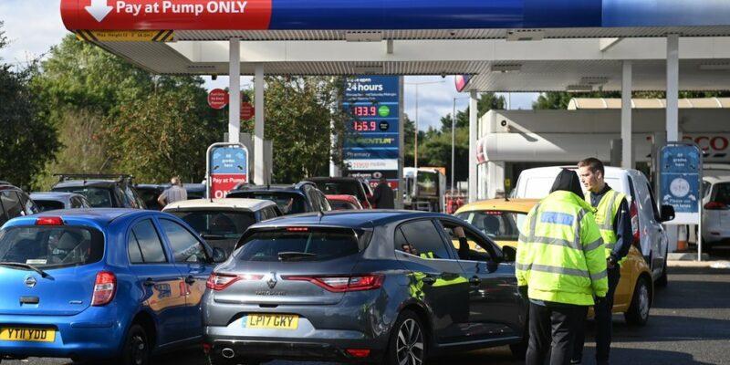 120714652 hi070921091 Новости BBC Великобритания, топливный кризис